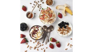 Bol petit-déjeuner au yogourt grec